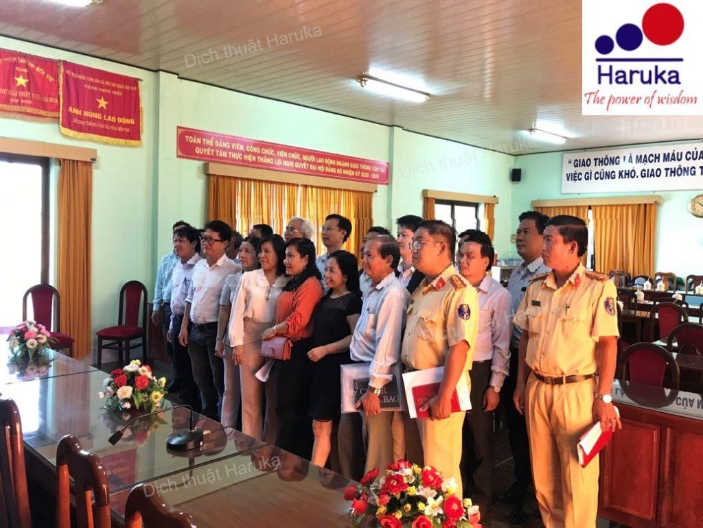 Phiên dịch Nhật - Việt cho cuộc họp về vấn đề an toàn giao thông